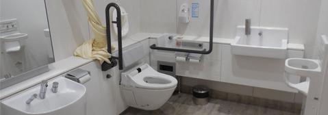 多目的トイレの画像